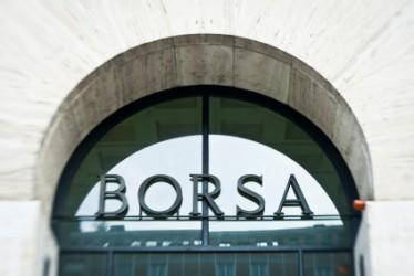 Borsa Milano apre in moderato ribasso, focus sul settore dei media