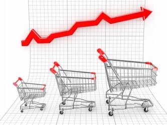 USA: I consumi volano, più forte aumento da quasi sette anni