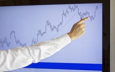 La Borsa di Milano prosegue in deciso rialzo, spread sotto 150 punti