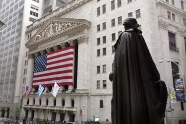 Wall Street chiude poco sopra la parità
