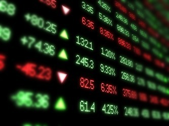 La Borsa di Milano apre debole, Telecom sotto pressione