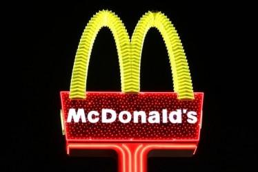 McDonald's, le vendite deludono, male il titolo