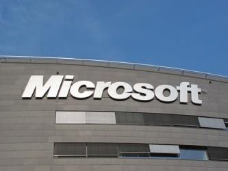 Microsoft batte le attese, continua il boom del cloud