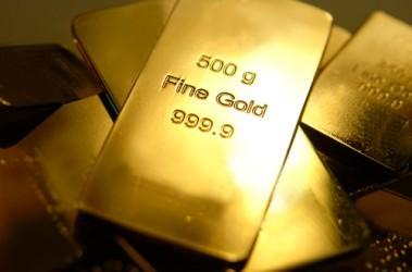 L'oro riprende a scendere e chiude ai minimi da due settimane