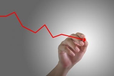 Piazza Affari scende a metà giornata, FTSE MIB -0,4%