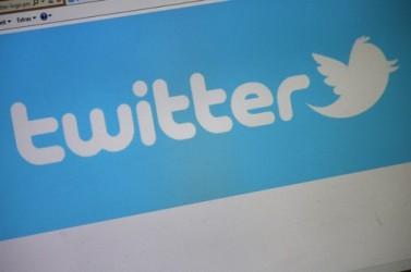Twitter vola su voci di Opa