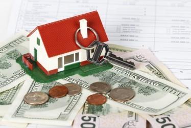 USA, prezzi delle case +5% a luglio, sotto attese