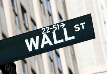 Wall Street chiude positiva, in forte ripresa i bancari