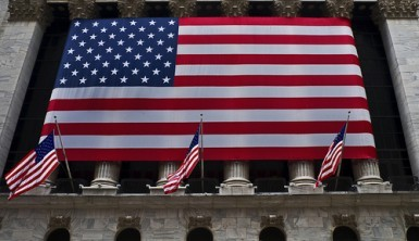Wall Street parte bene prima della Fed, Dow Jones +0,4%