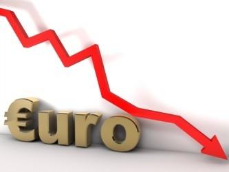Cambio euro-dollaro sotto quota 1,10 per la prima volta da luglio