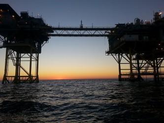 Eni cede a BP il 10% del giacimento a gas di Zohr