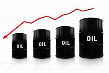 Petrolio zavorrato dal dollaro, Brent e WTI -0,3%