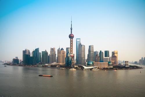 Borsa Shanghai in leggera ripresa, ma è la peggiore settimana da 8 mesi