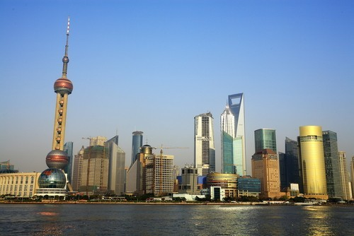Borse Asia-Pacifico: Shanghai in lieve ripresa, bene i petroliferi
