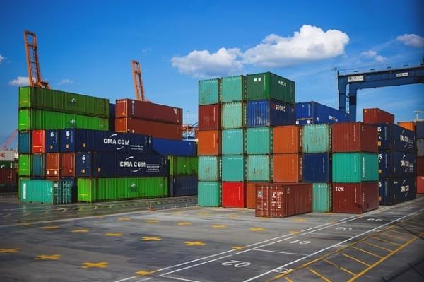 Export extra Ue in aumento a novembre, volano energia e beni strumentali