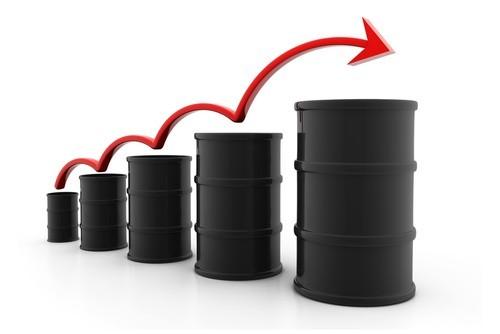 Il petrolio sale ancora, miglior settimana da quasi otto anni