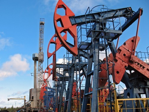 Petrolio, calano dubbi sui tagli, posizioni corte ai minimi da agosto 2014