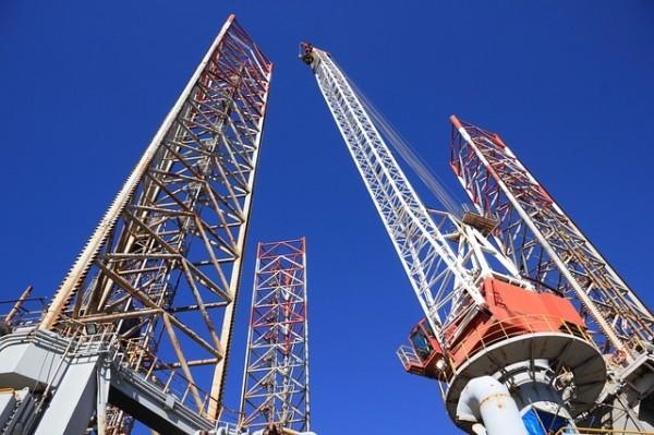 Petrolio, crescono ancora le trivelle attive negli USA, massimi da gennaio