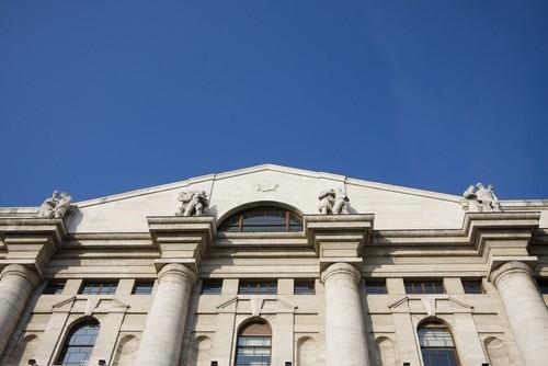 Piazza affari chiude sui massimi il ftse mib sfiora 19 for Mercati oggi a milano