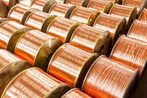 Prezzi metalli: Rame ancora in calo, strappa il nichel