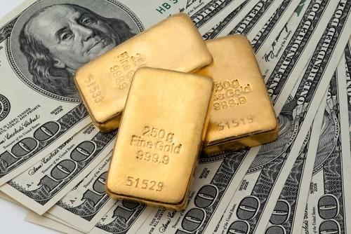 Quotazione oro in ripresa, il fondo è vicino?