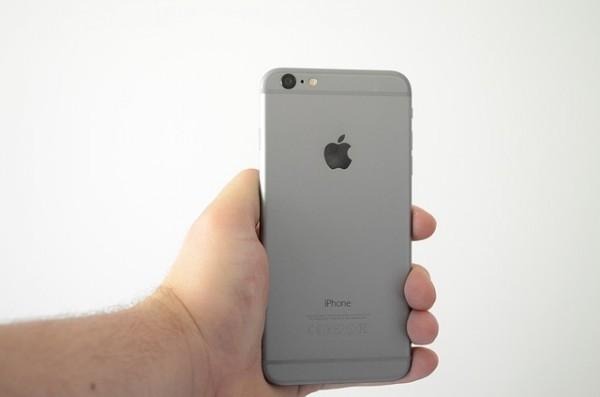 Apple: L'iPhone ha 10 anni. Per Morgan Stanley il suo successo continuerà