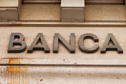 Banche, prestiti +1,4% a dicembre, nuovo minimo storico per i tassi