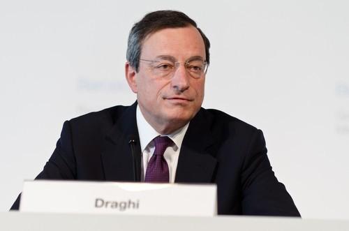 Draghi: Crescita più robusta ma rischi restano orientati al ribasso