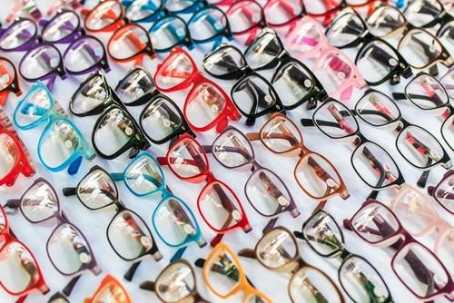Essilor e Luxottica annunciano fusione, nasce colosso degli occhiali
