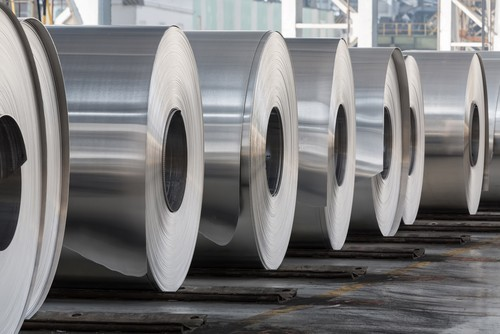 Prezzi metalli in salita, alluminio ai massimi da 20 mesi