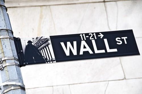 Apertura positiva per Wall Street, nuovo record per il Dow Jones