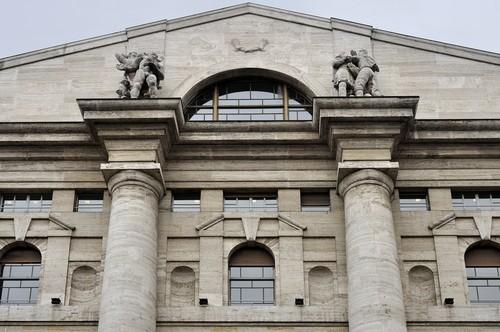 Borsa Milano migliore d'Europa a metà giornata