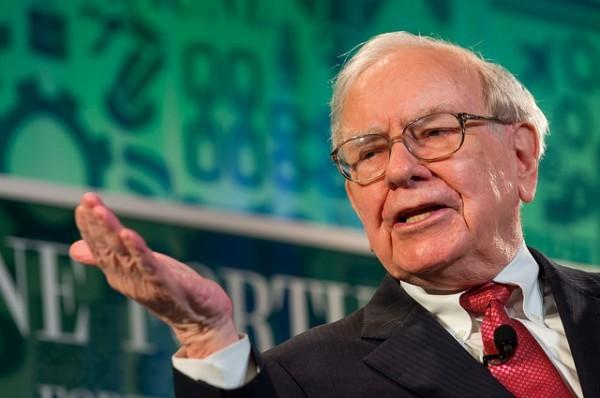 Buffett quadruplica la sua partecipazione in Apple