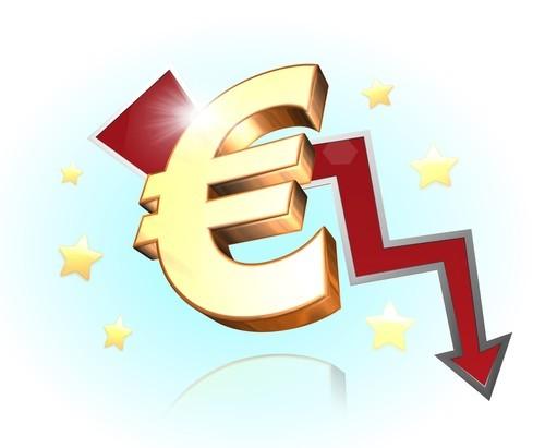 Forex: L'euro scende ai minimi da sei settimane