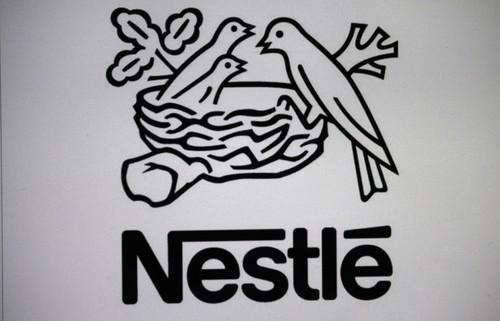 Nestlé, ricavi e utili 2016 sotto attese