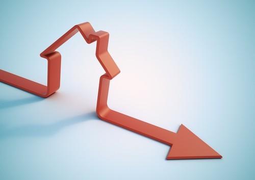 USA: Le vendite di case in corso scendono ai minimi da un anno