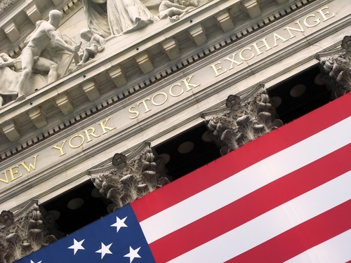 Wall Street apre a nuovi record, esplode Sears