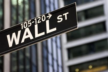Wall Street: Trump fa volare i bancari, il Dow Jones torna sopra 20.000 punti
