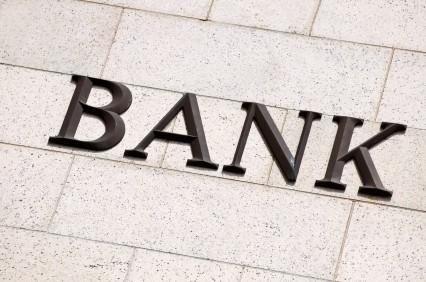 Azioni Deutsche Bank da vendere e azioni BNP Paribas da comprare: due consigli degli analisti