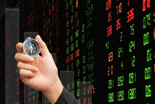 Borsa Milano in leggero ribasso a metà giornata, Leonardo pesante