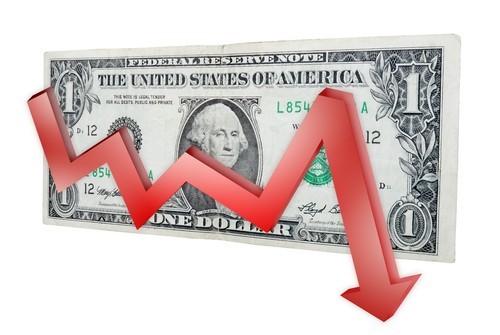 Quotazione dollaro ai minimi da un mese, Fed meno