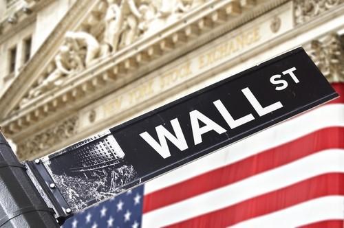 Wall Street apre in netto rialzo, Dow Jones sopra 21.000 punti