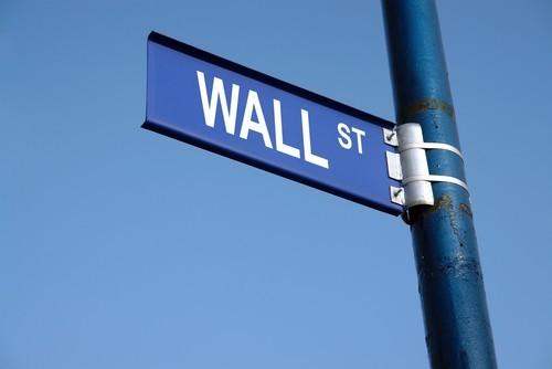 Wall Street: Il Dow Jones vola sopra 21.000 punti, miglior seduta del 2017