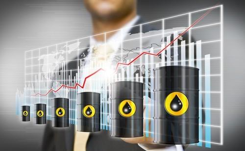 Prezzo petrolio in aumento, previsioni long fino al meeting Opec
