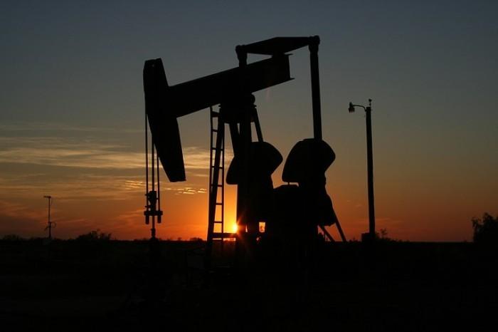 Prezzo petrolio: uragano si abbatte su quotazione, Harvey farà il bello e cattivo tempo