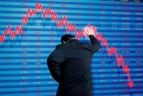 Azioni FCA crollano verso i 18 euro. Comprare in vista dell'ipotesi raddoppio della quotazione?