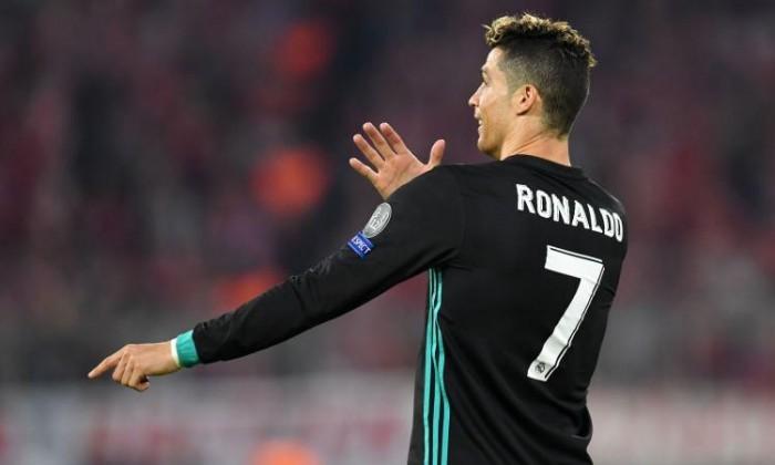 Azioni JUVE oggi: cosa fare dopo l'arrivo di Cristiano Ronaldo alla Juventus?