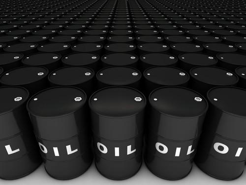 Prezzo petrolio sfiora 70 dollari al barile dopo sorpresa per scorte Usa