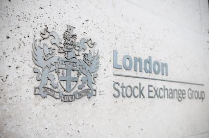 Ftse 100 e azioni SEE: andamento oggi sulla Borsa di Londra