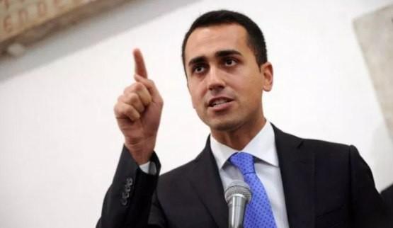 Manovra di Bilancio a rischio. Di Maio minaccia: senza il reddito di cittadinanza M5S non voterà a favore